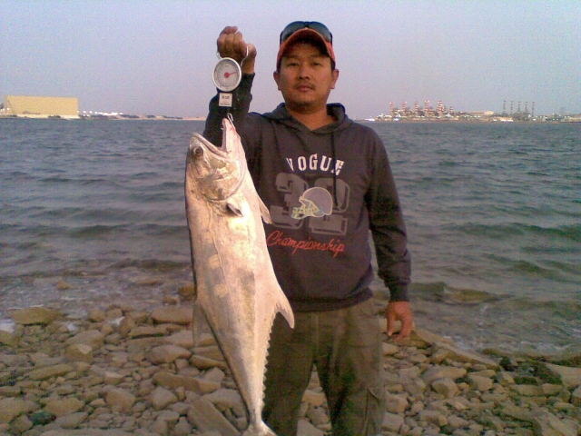 Fishing spots in abu dhabi
