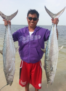 two kingfish in al aryam